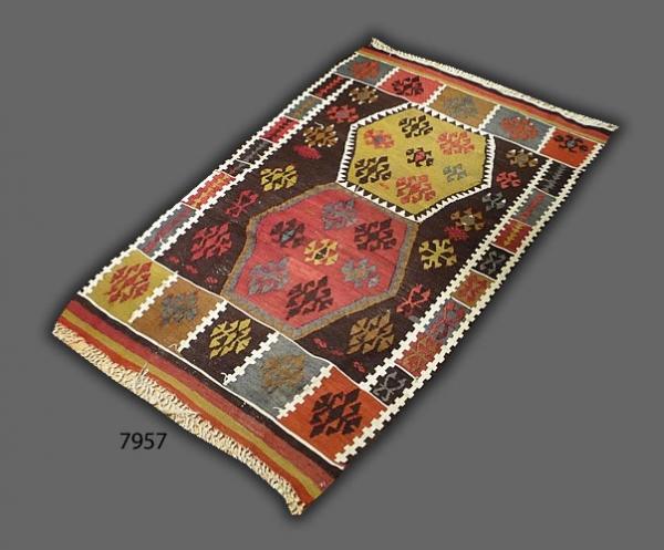 Anatolian kilim (antique) 7957
