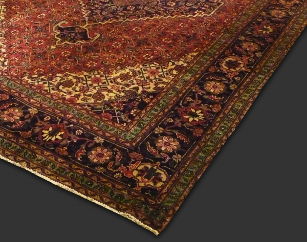 Tabriz (Antique) 8548