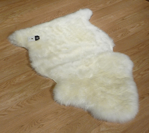 Long Wool Sheepskin 8610