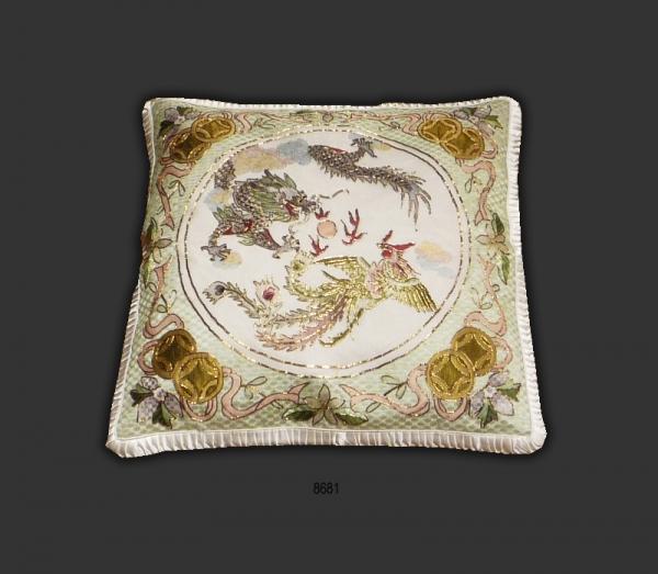 Silk Cushion 8681