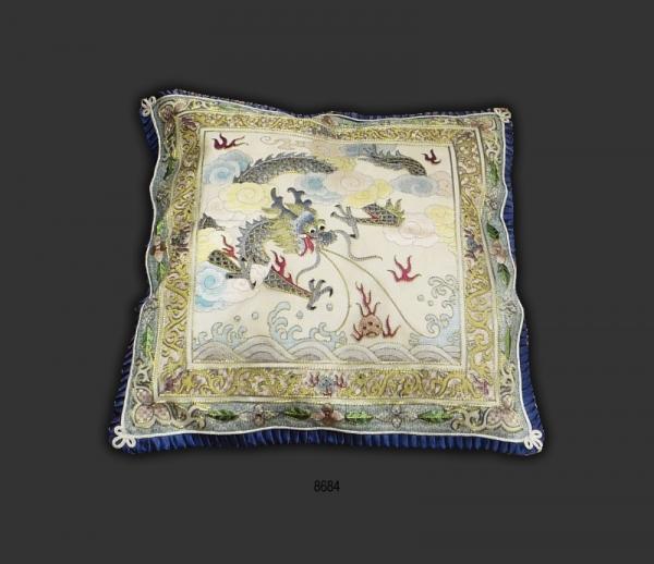 Silk Cushion 8684