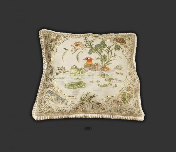 Silk Cushion 8690