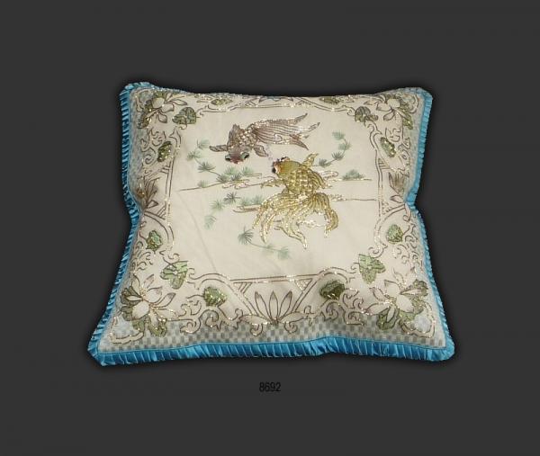 Silk Cushion 8692