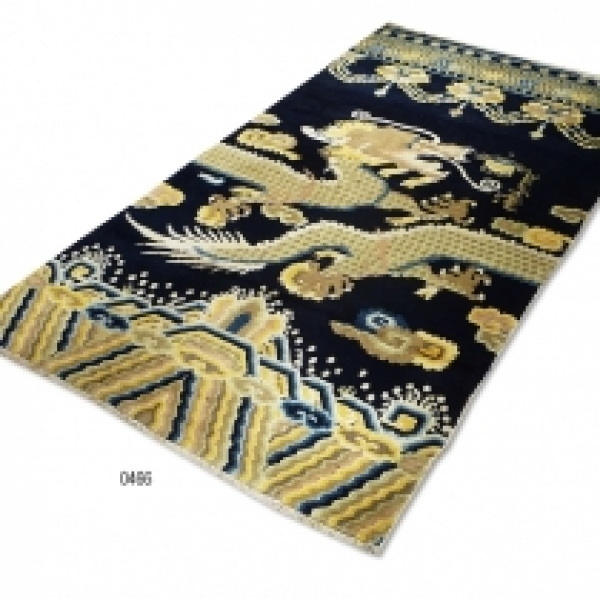 Chinese Pillar Rug (antique) 0466