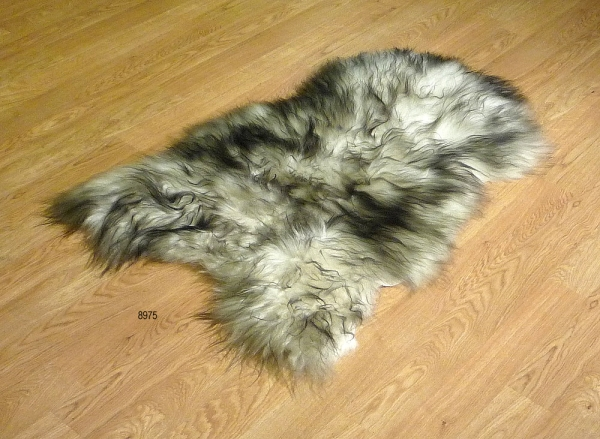 sheepskin Icelandic Ivory & Black 8975 SOLD