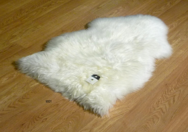 Sheepskin Ivory 9001