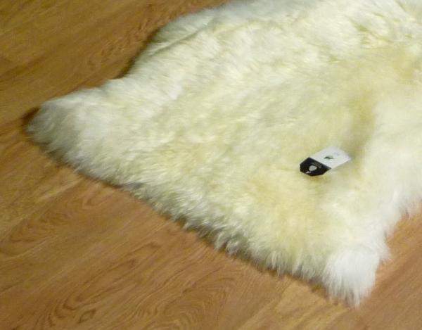 Sheepskin Ivory 9007