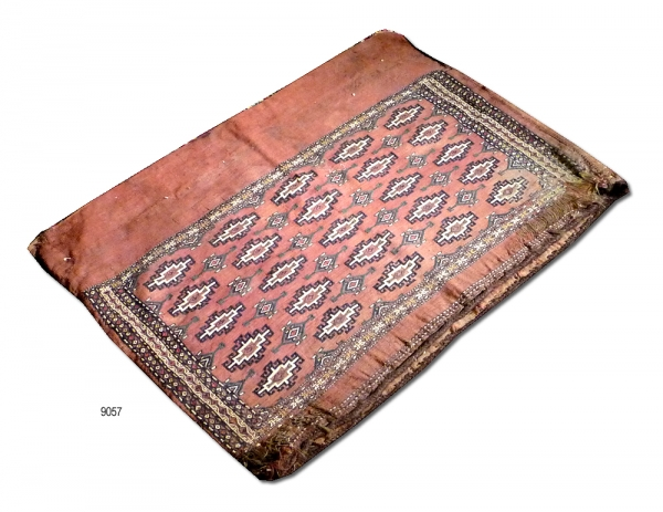 Yomut Chuval 9057 (antique)